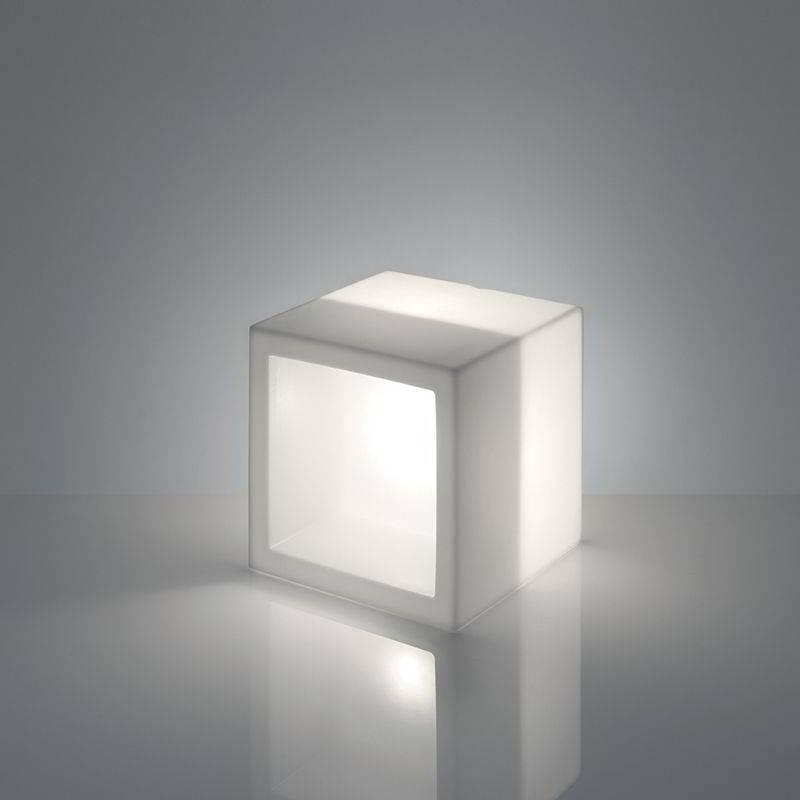 OPEN CUBE Leuchtwürfel / Regal