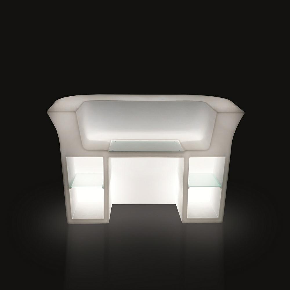 my desk beleuchtete theke von slidedesign von. Black Bedroom Furniture Sets. Home Design Ideas
