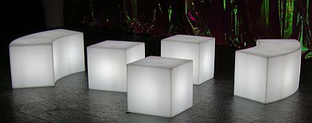 CUBO Leuchtwürfel mit Akku / LED mit Snake Sitzbank