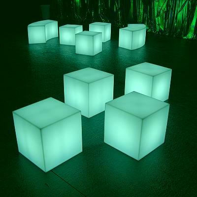 CUBO Leuchtwürfel In-/Outdoor mit High End LED RGB Akku