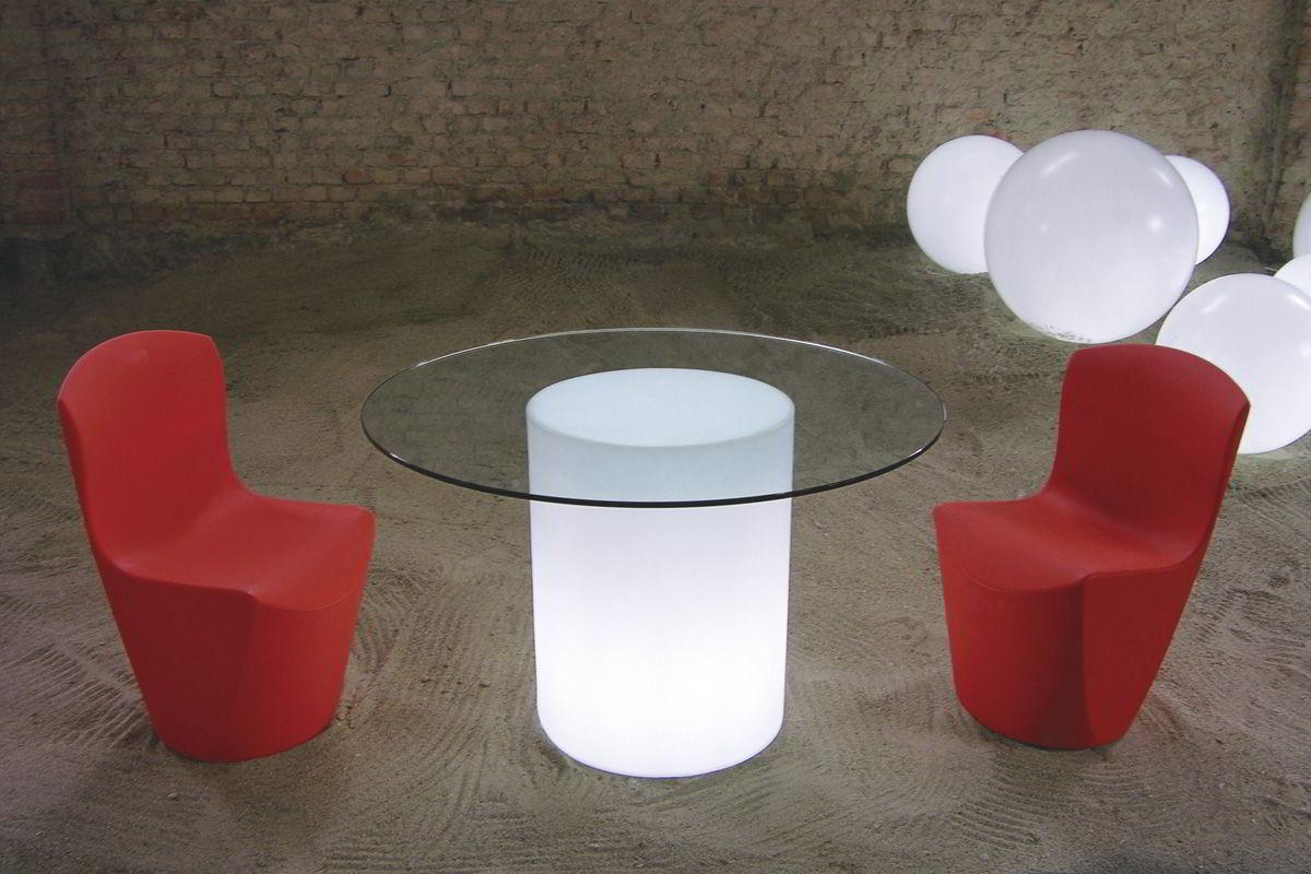 ARTHUR beleuchteter Tisch