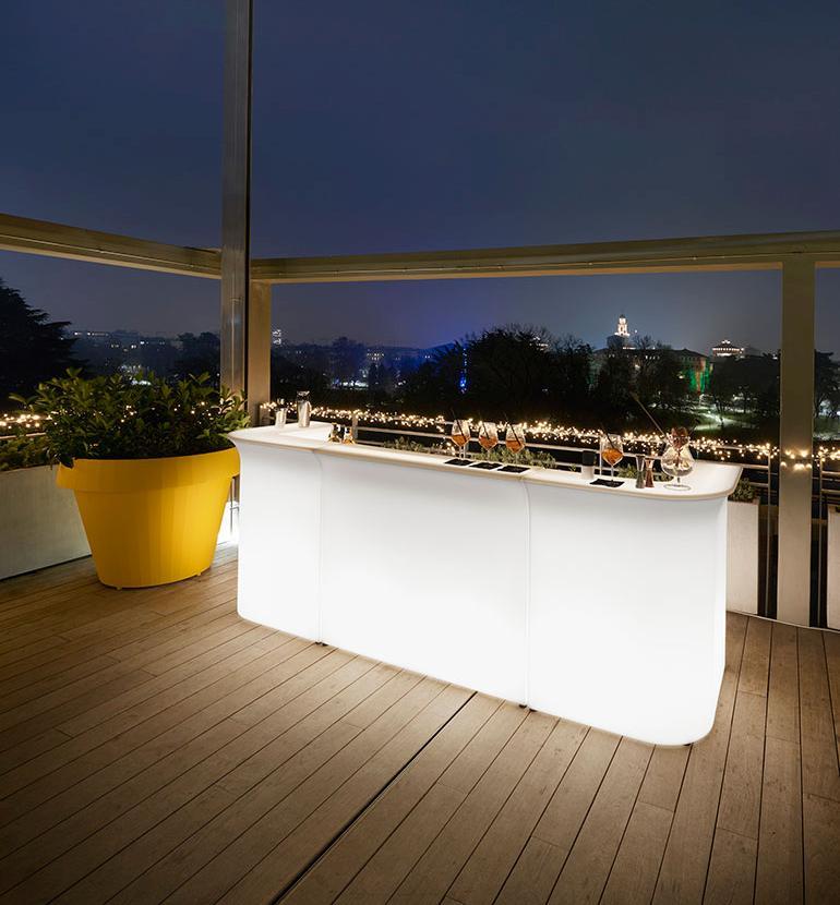 BREAK LINE Theke / Bar, 290 cm, mit Beleuchtung