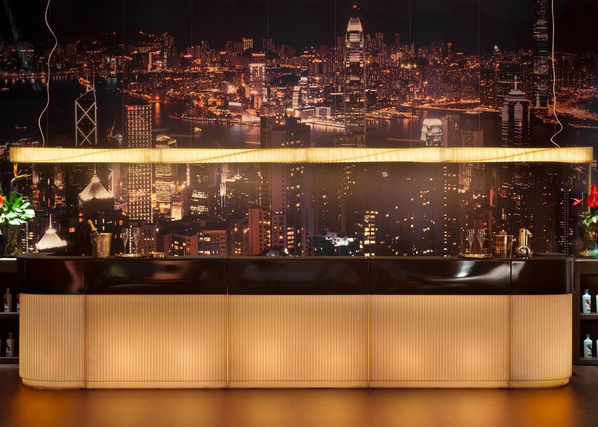 CORDIALE Bar mit drei geraden Elementen und zwei Cornern