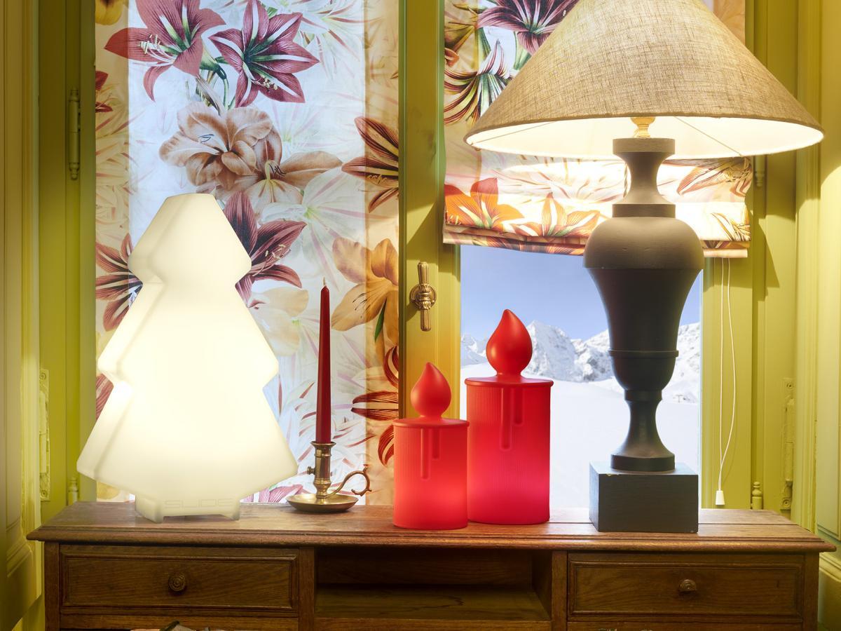 FIAMMA / FIAMMETTA Kerzen beleuchtet, Gehäuse rot, Licht weiß