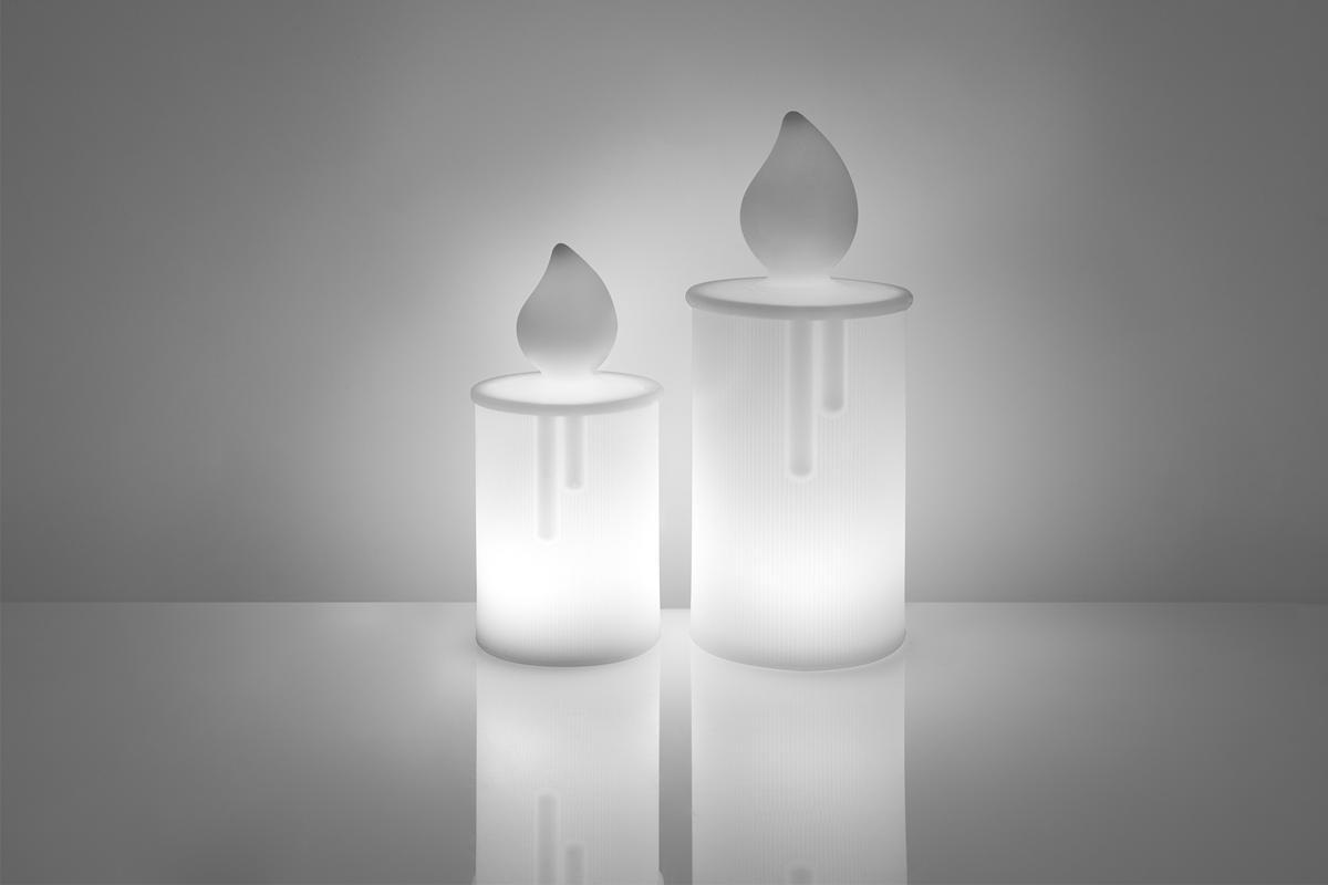FIAMMA / FIAMMETTA Kerzen beleuchtet, klein (22,5 cm) und groß (30 cm)