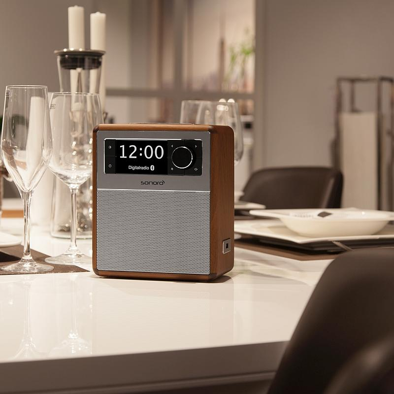 sonoro Easy Bluetooth Radio walnuss