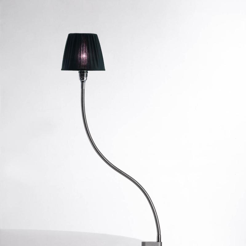 Eisenbein von Stiletto, Schirm schwarz plissee