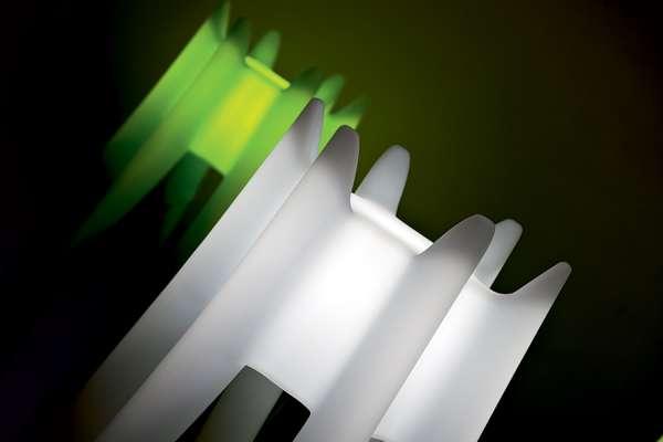 DANGO Garderobenständer beleuchtet, weiß und grün