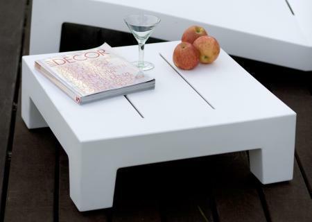 jut loungetisch sofatisch von vondom bei. Black Bedroom Furniture Sets. Home Design Ideas