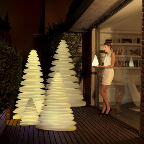 CHRISMY Weihnachtsbaum beleuchtet