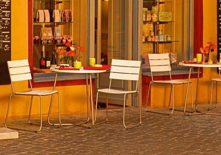 BALCONY Balkonstuhl weiß, mit Tisch