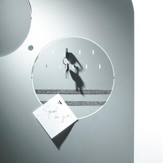 DISC-O Garderobe modular mit Pinboard
